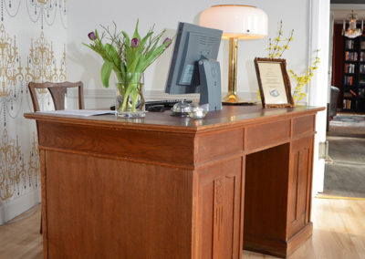 reception-800x1000